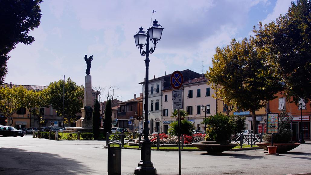Ponsacco 2 - Piazza della Repubblica 720
