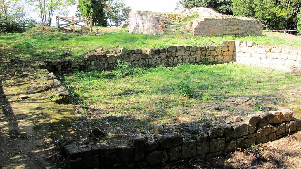 Montopoli 2 - resti castello 720